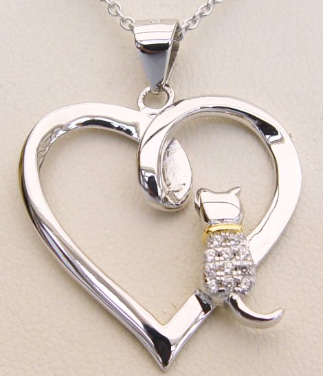 love-white-cats-necklace.jpg